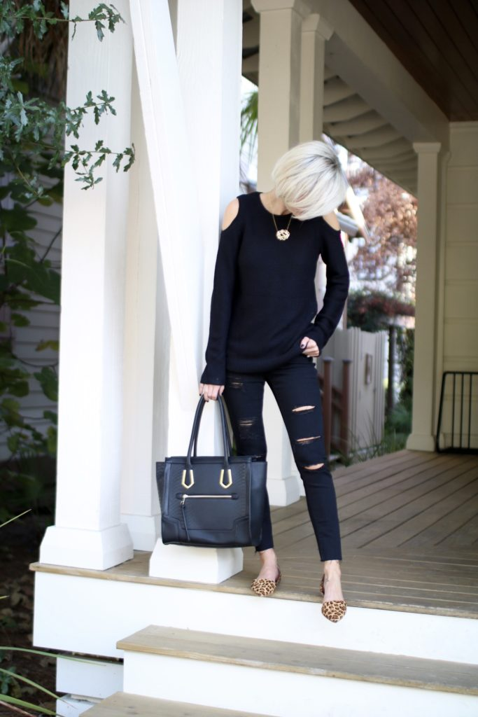 cyber monday - black sweater - @loverlygrey - www.loverlygrey.com