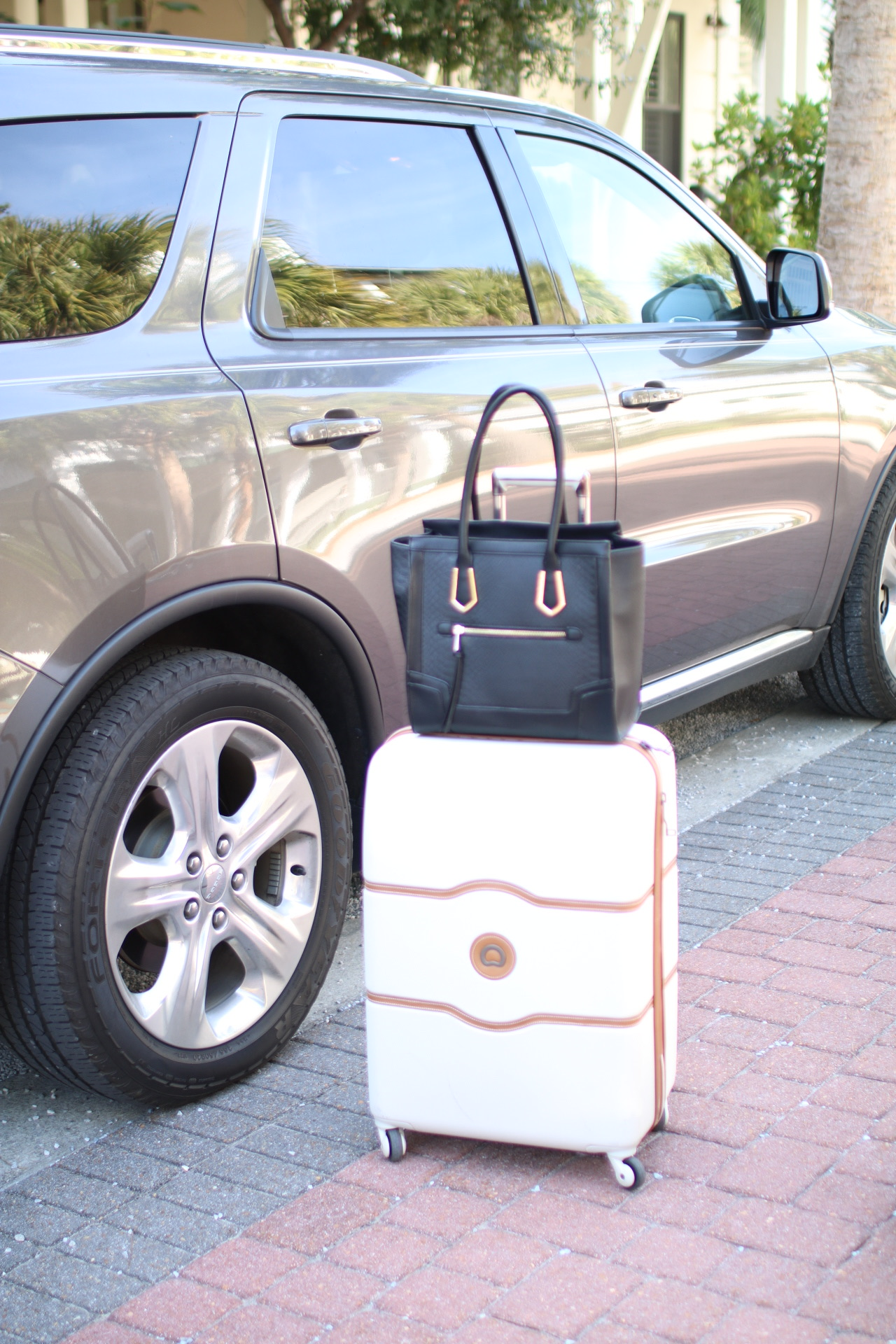 Travel Guide What To Wear Packing Tips Loverly Grey