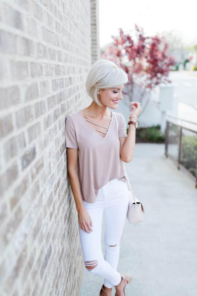 www.loverlygrey.com @loverlygrey - pink top - white jeans