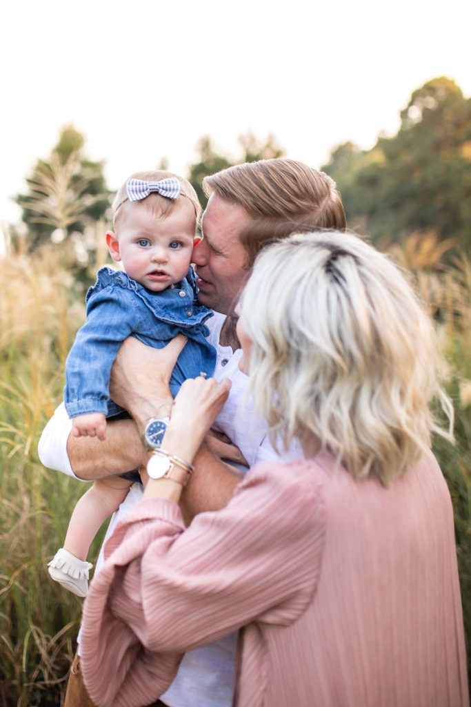 what to wear family pictures with baby boho casual outfit ideas