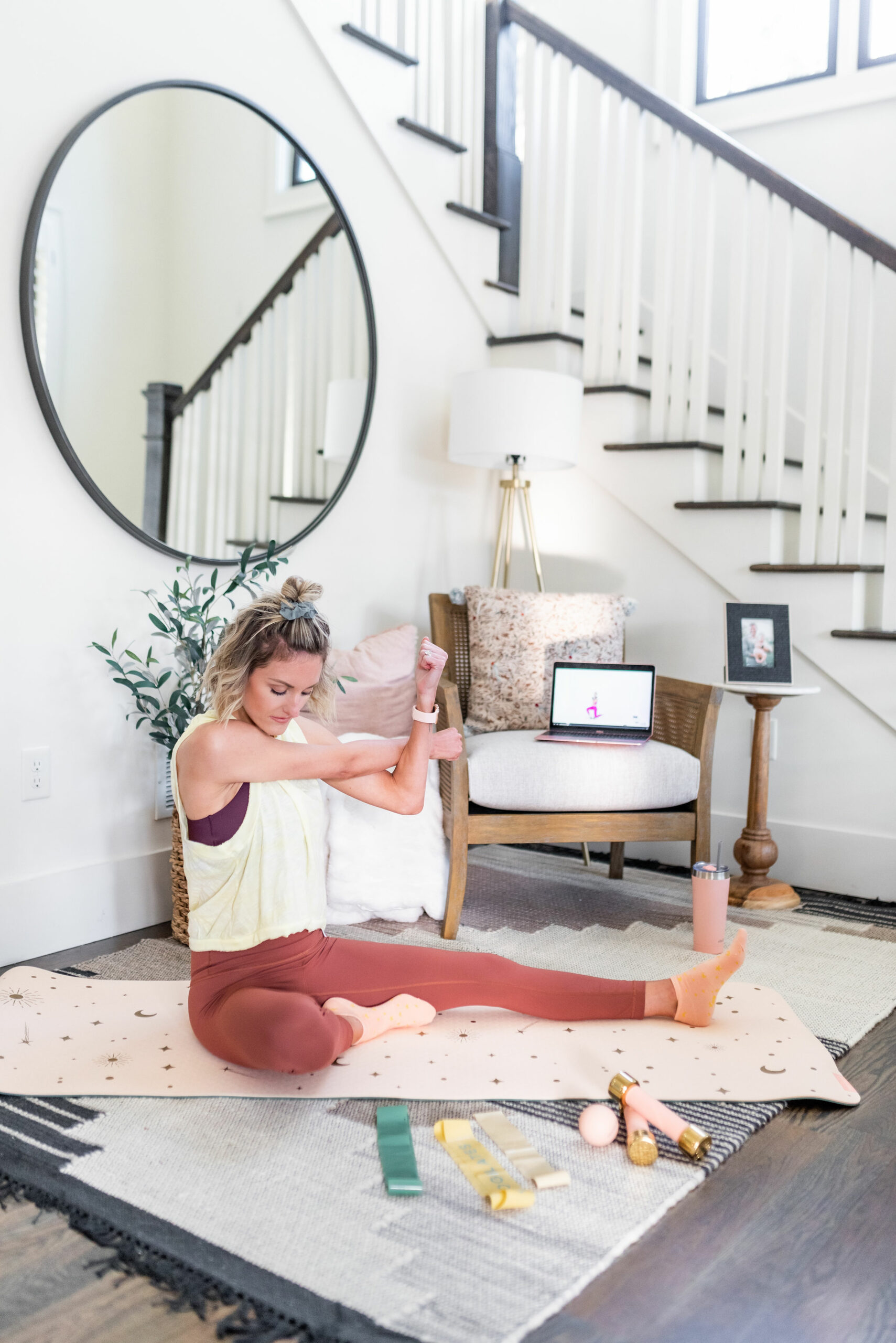 How I Stay Healthy + Motivated To Workout with Obe Fitness