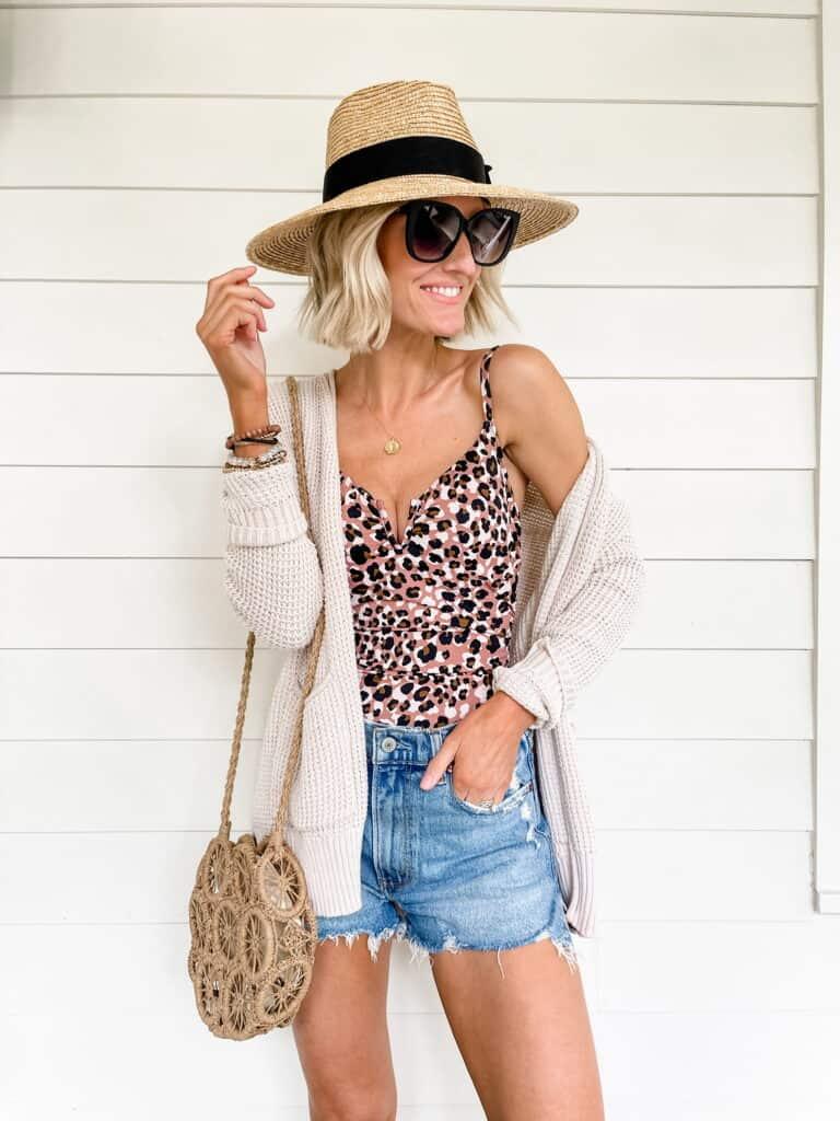 10 ways to style denim shorts