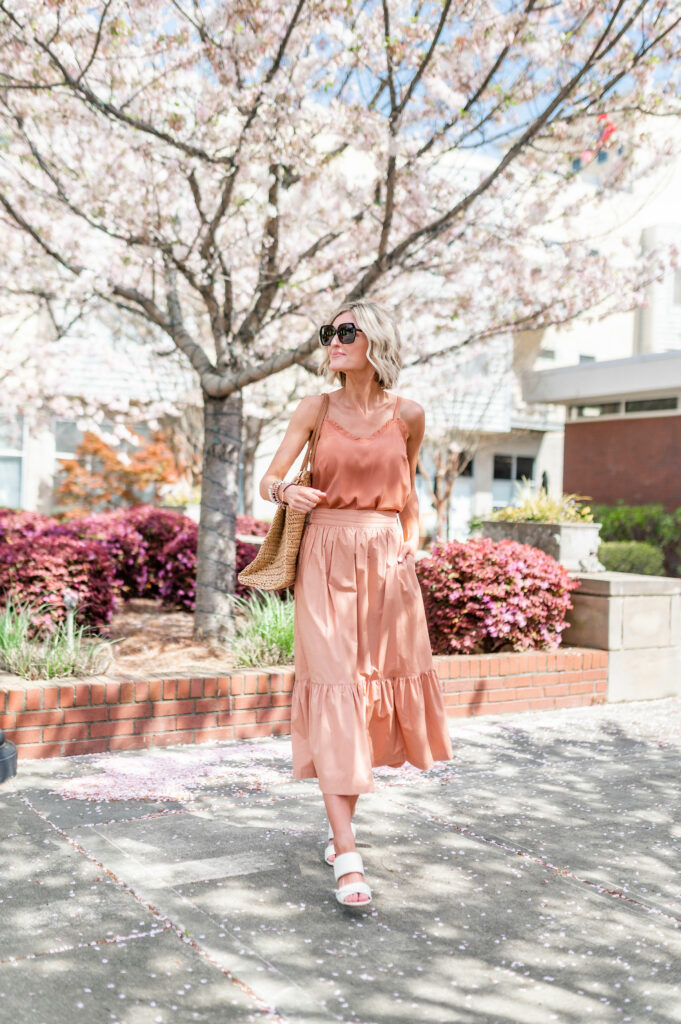 How To Nail The Monochromatic Look